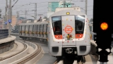 http://www.crazyenews.com/detail-info/description/bnctMzY1Njg/news/Enthusiastic citizens throng Metro Rail stations since early morning