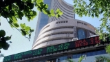 Equity indices pare days gains to close lower