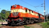 http://www.crazyenews.com/detail-info/description/bnctMzY1OTc/news/Special Trains between Hyderabad and Kakinada Town