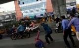 అత్తాపూర్లో నడిరోడ్డుపై వ్యక్తి దారుణ హత్య